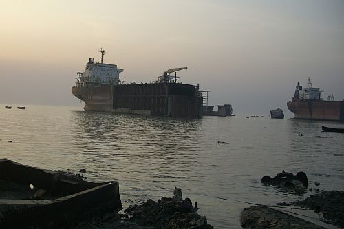 ship recycling HANSA